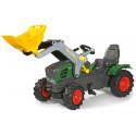 Tractor pedales Fendt 211 Vario con pala