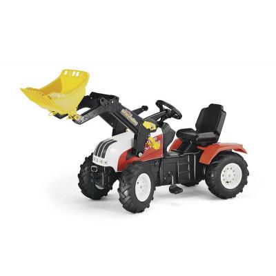Tractor Steyr con pala a pedales con ruedas neumaticas