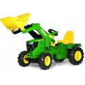Tractor John Deere 6210R con pala a pedales y ruedas neumaticas